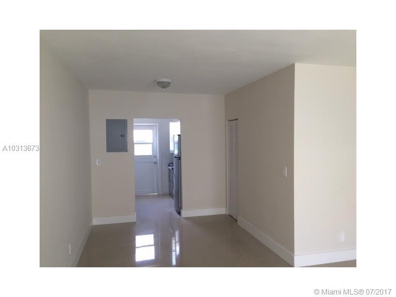 8235 Crespi Blvd # 3, Miami Beach, FL 33141