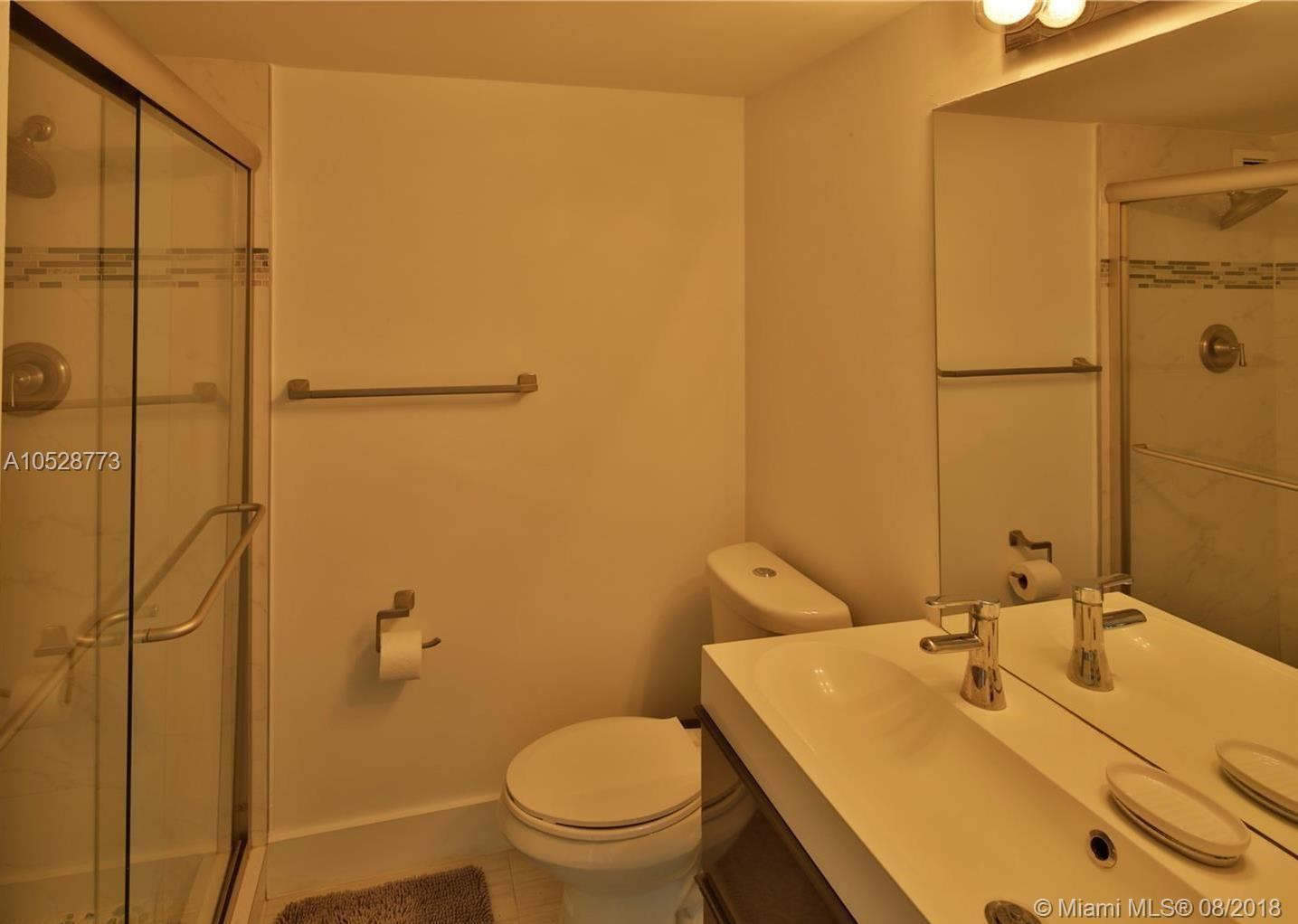 5151 Collins Ave #928, Miami Beach, FL 33140