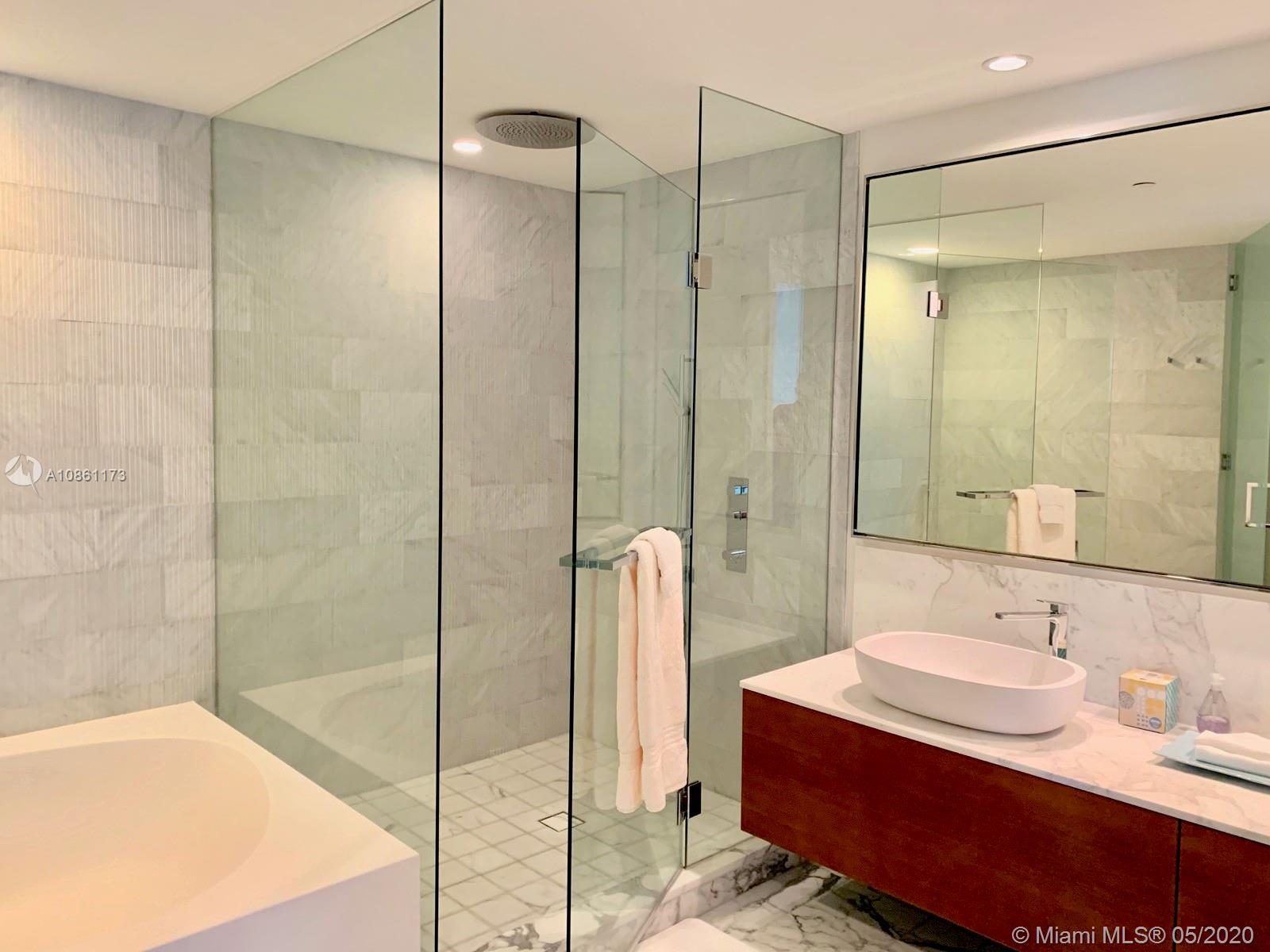 10201 Collins ave-301 bal-harbour-fl-33154-a10861173-Pic22
