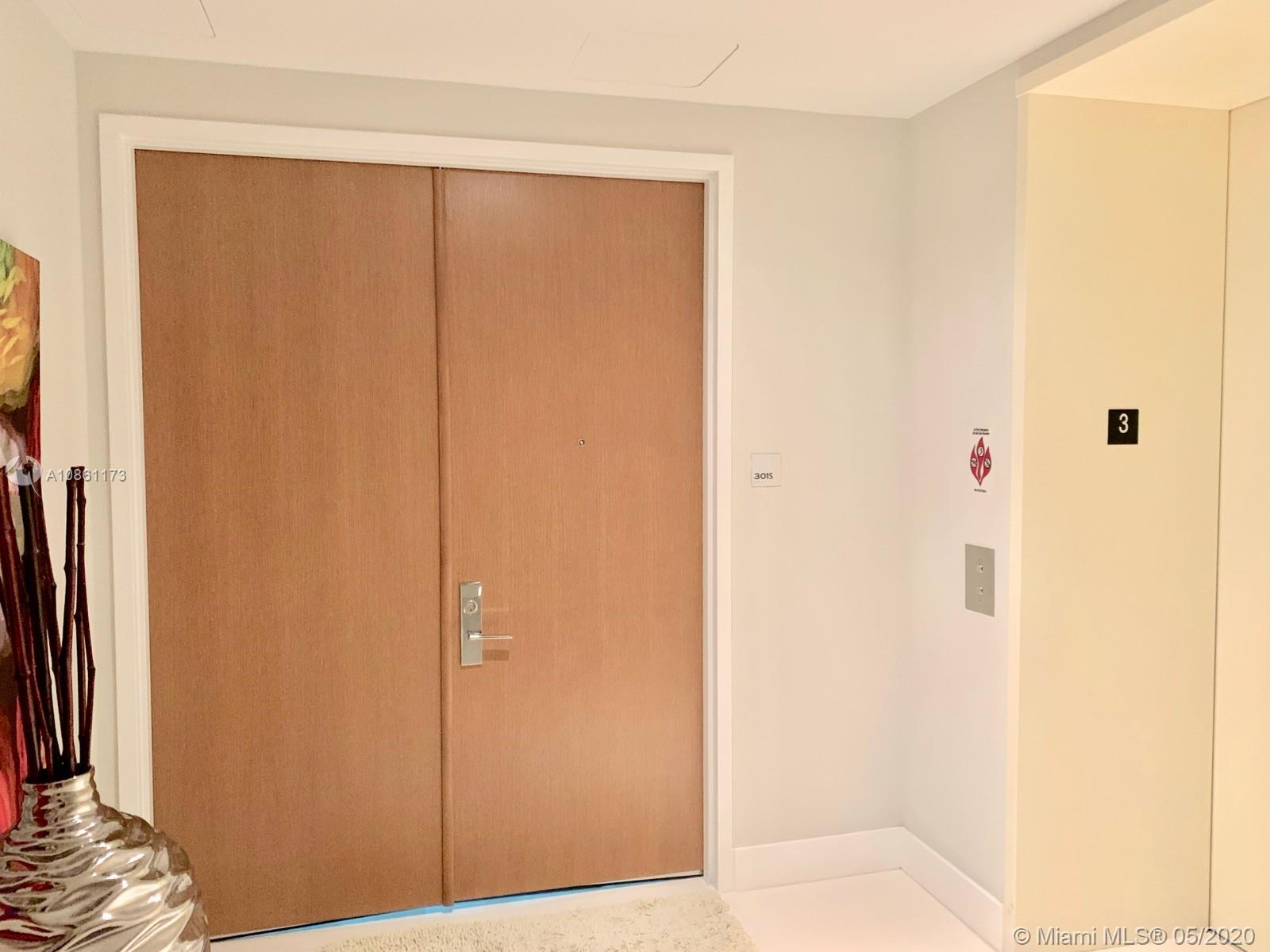 10201 Collins ave-301 bal-harbour-fl-33154-a10861173-Pic04