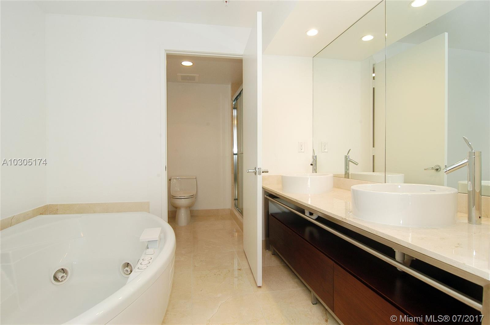 16275 Collins Ave # 603, Sunny Isles Beach , FL 33160