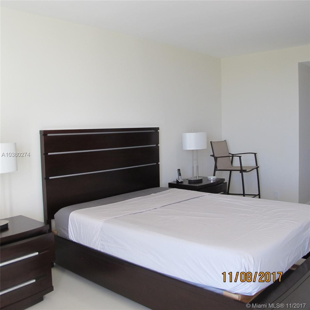 100 Bayview Dr # 1026, Sunny Isles Beach , FL 33160