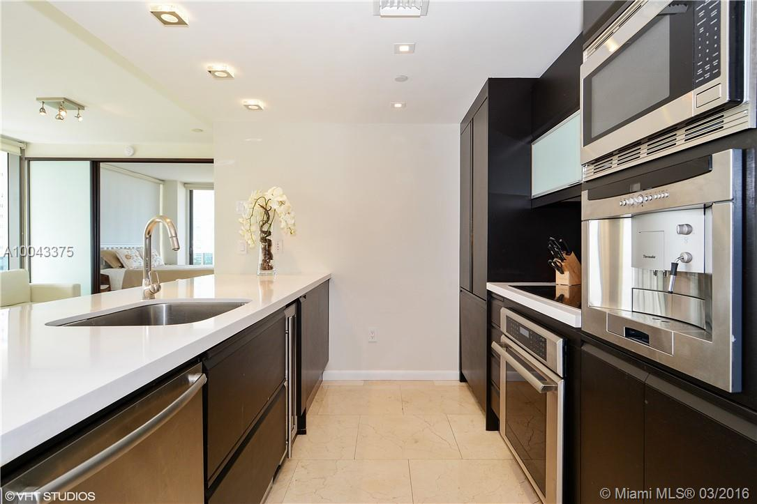 5875 Collins ave-807 miami-beach--fl-33140-a10043375-Pic04