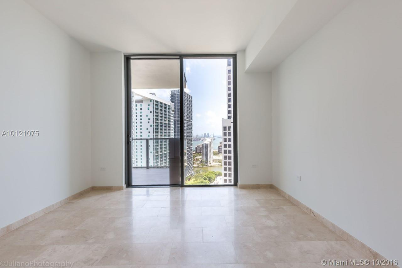 68 6th st-2705 miami--fl-33131-a10121075-Pic13