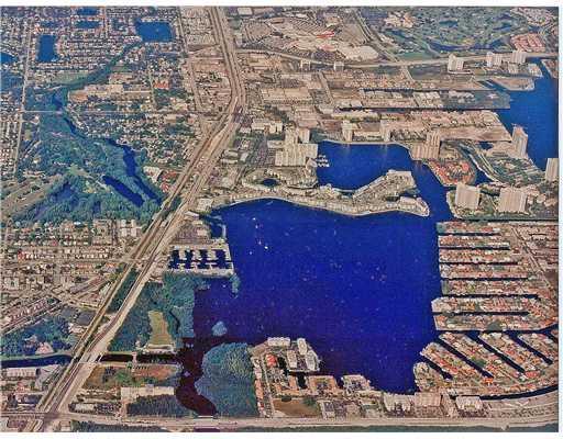 17200 Biscayne Boulevard, Miami FL, 33160