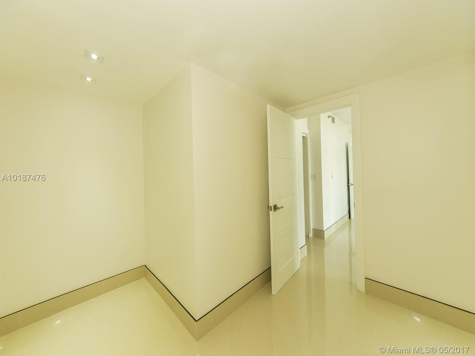 1581 Brickell ave-1403 miami--fl-33129-a10187476-Pic12