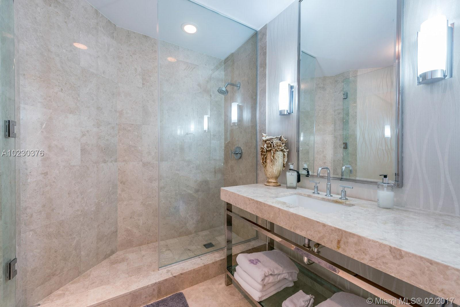 9703 Collins ave-PH-15 bal-harbour--fl-33154-a10230376-Pic08