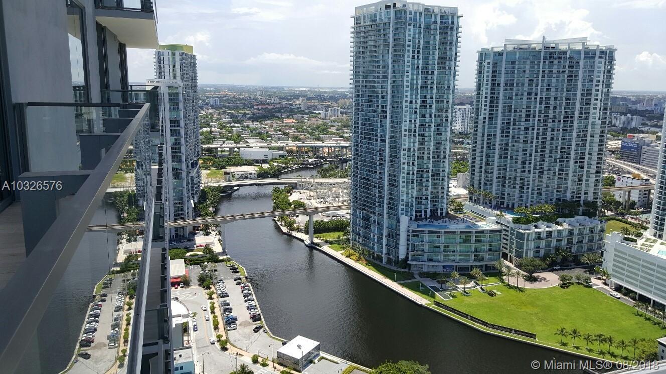 68 Se 6 St #3211, Miami FL, 33131