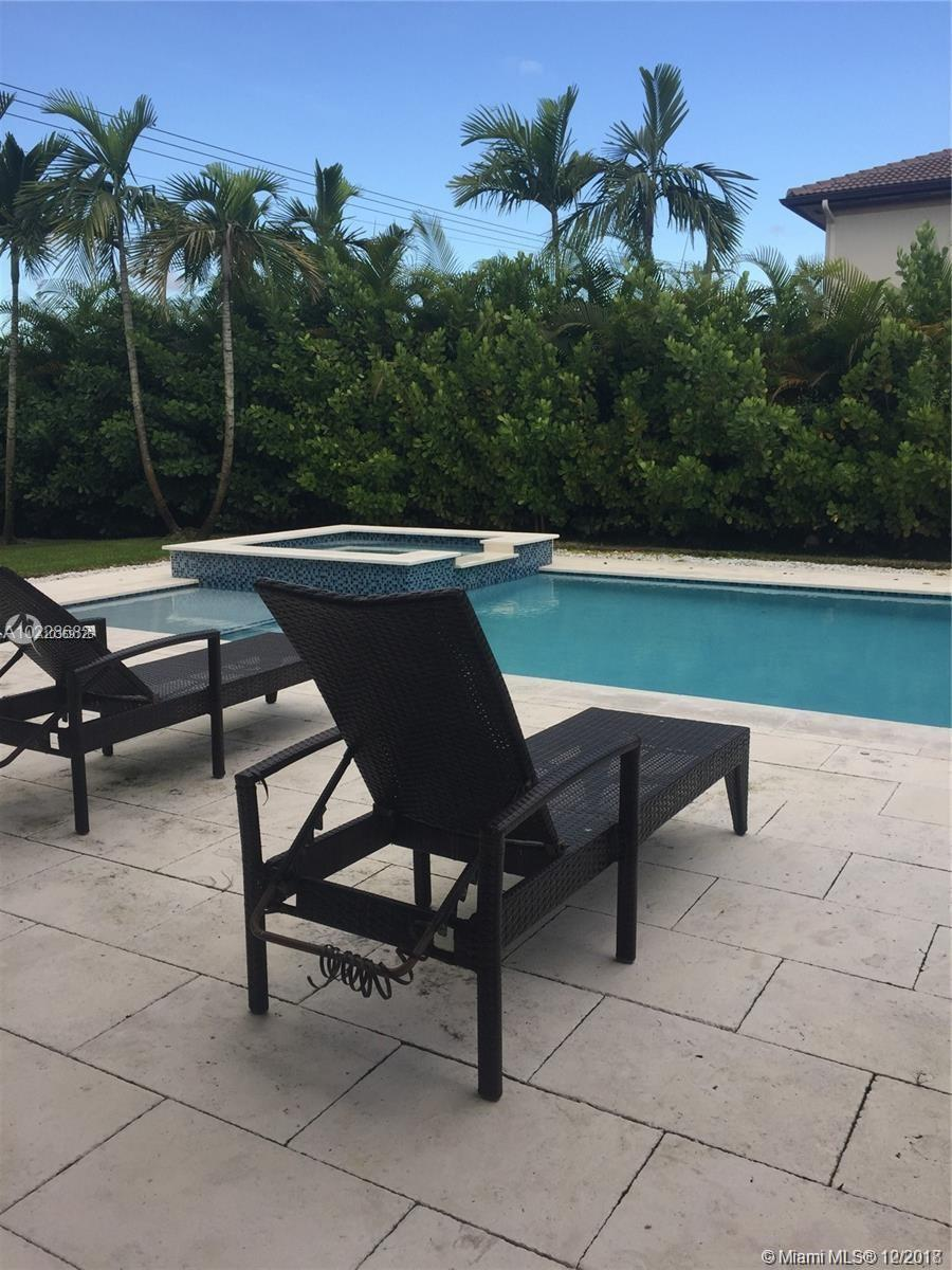 185 Nw 122nd Ave, Miami FL, 33182
