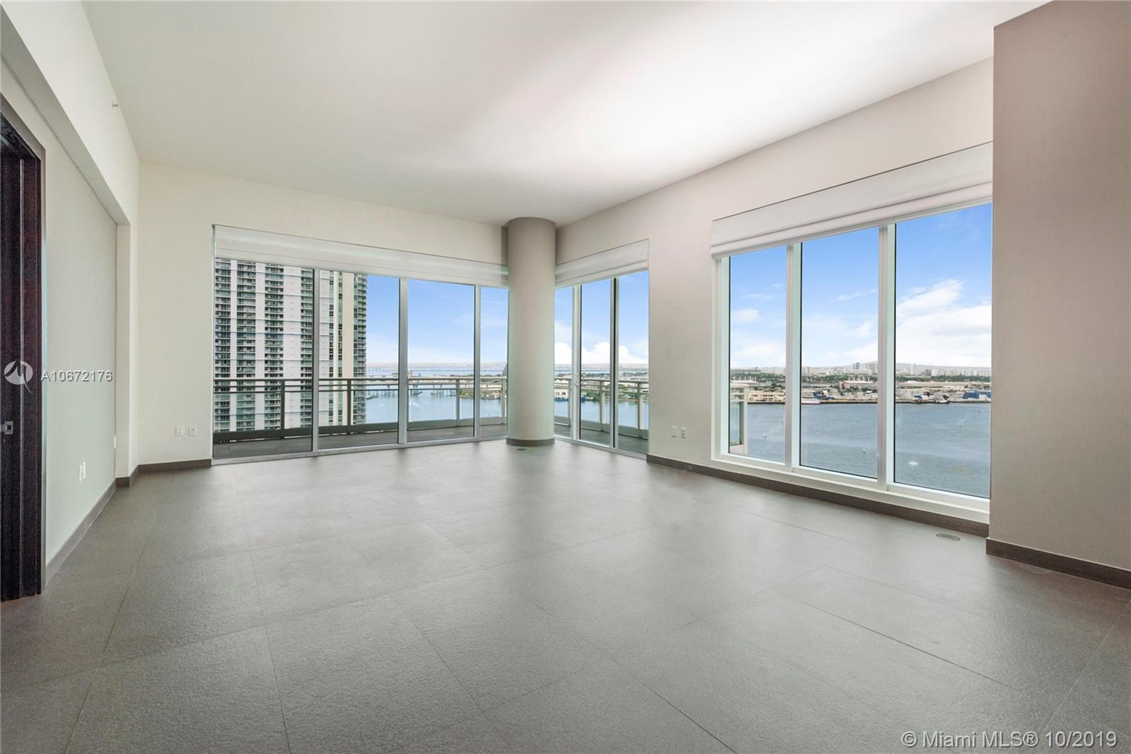 900 Brickell key blvd.-1803 miami-fl-33131-a10672176-Pic01