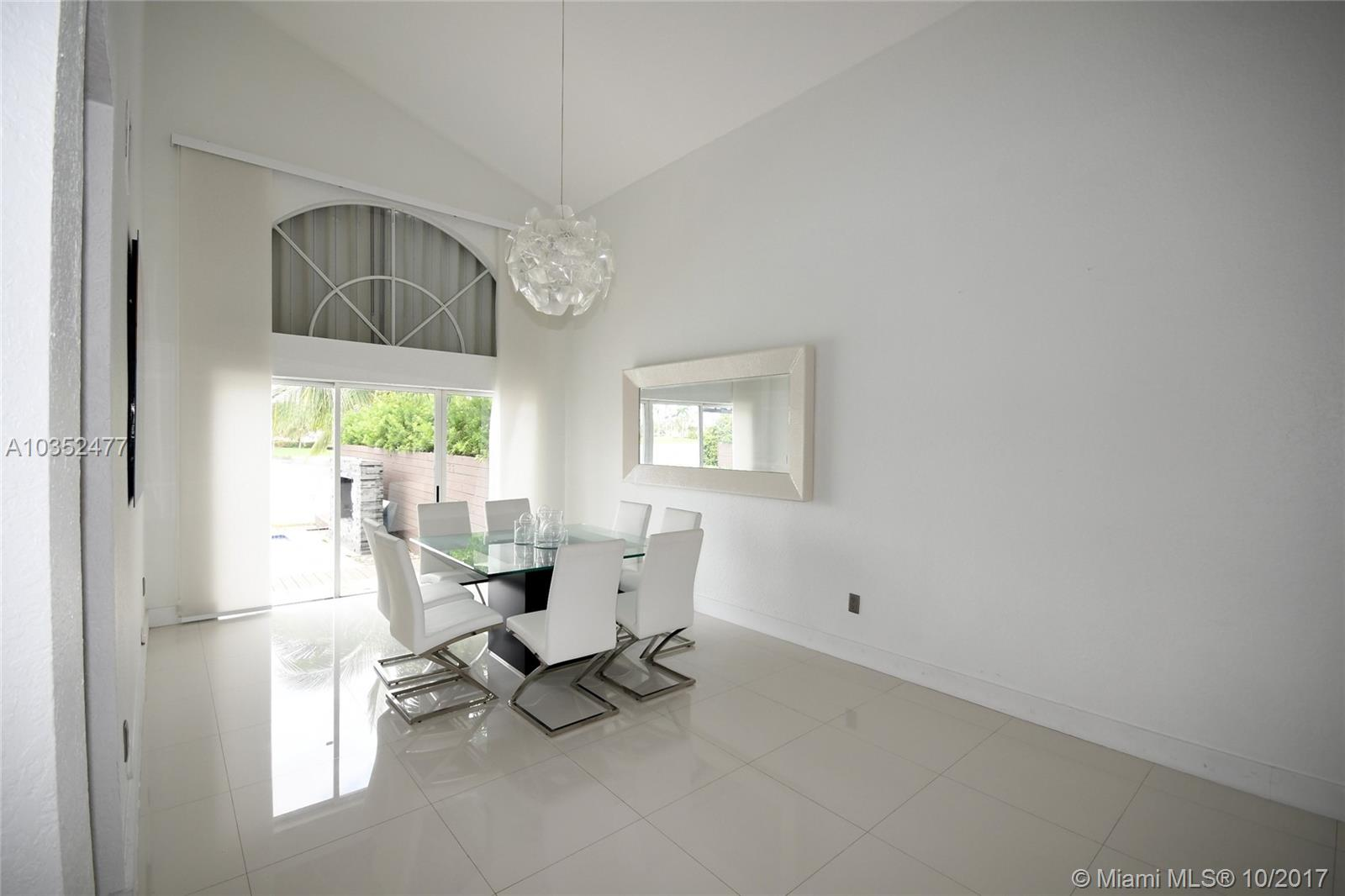 10957 Nw 59th St, Doral FL, 33178