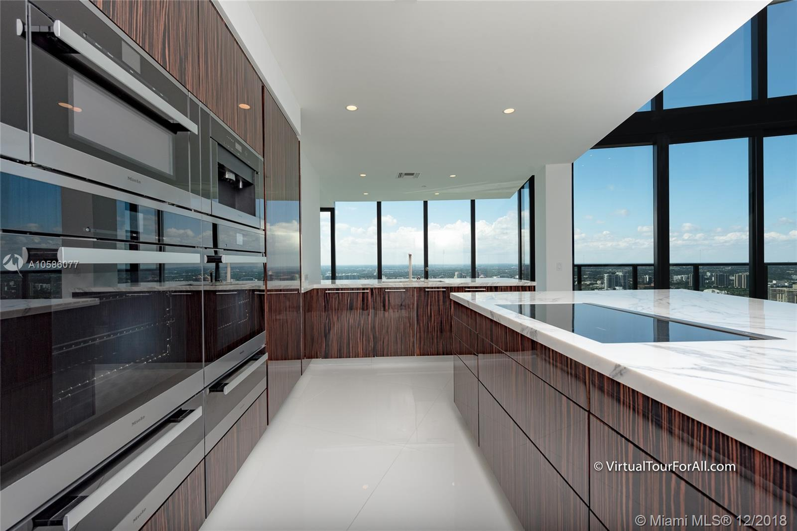 18555 Collins ave-4804 sunny-isles-beach-fl-33160-a10586077-Pic08