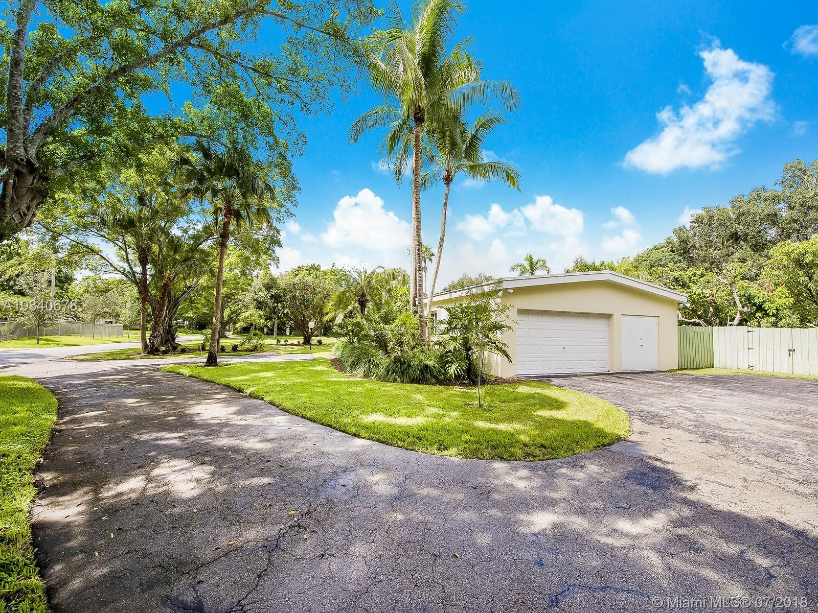 11400 Sw 68th Ct, Pinecrest FL, 33156