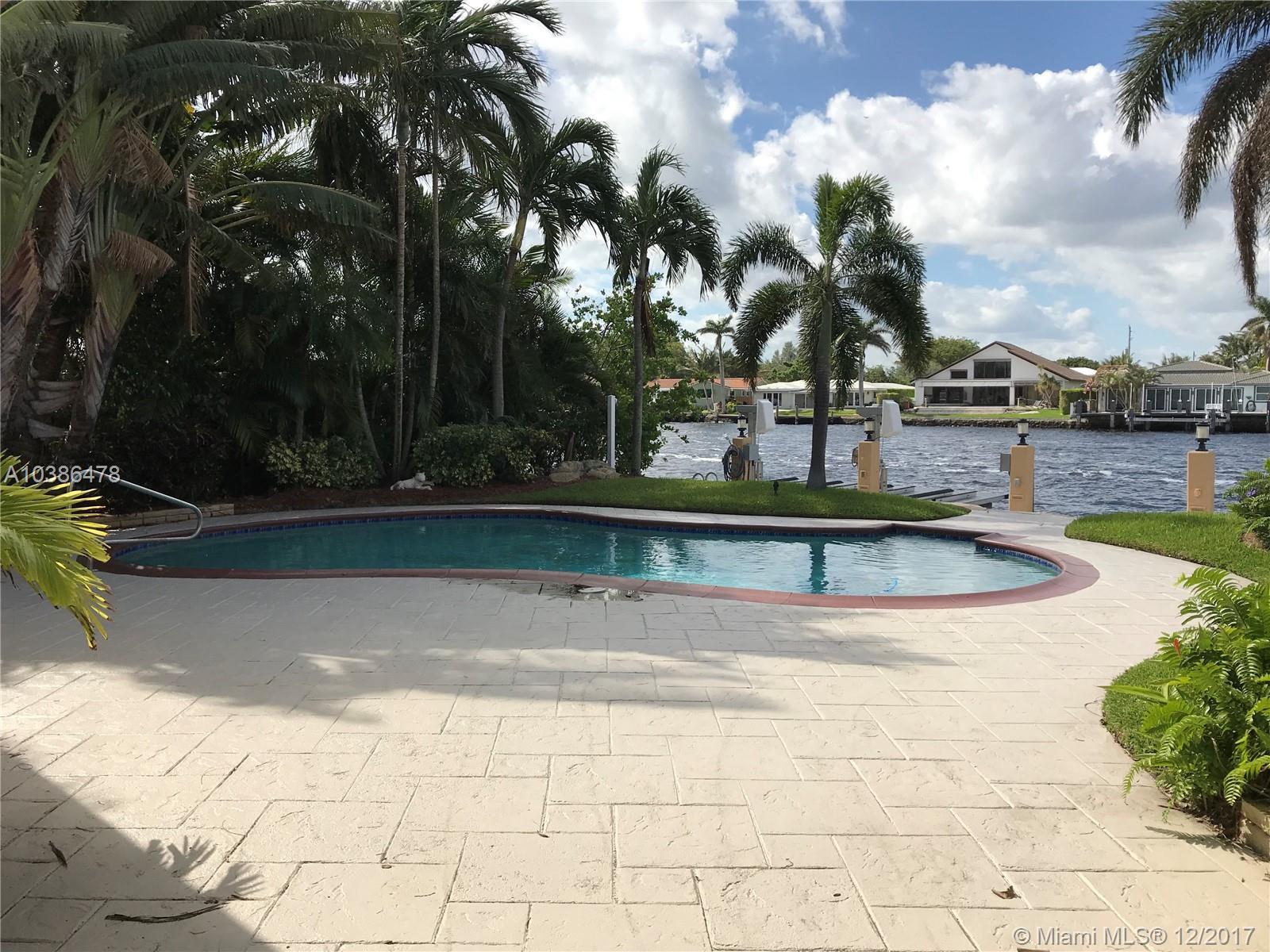 513 S Riverside Dr, Pompano Beach FL, 33062