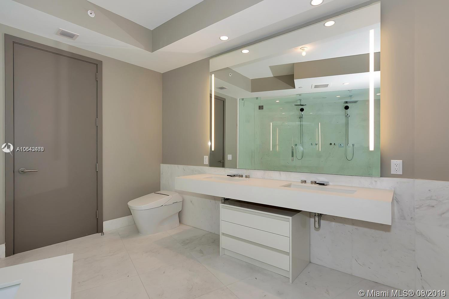 18555 Collins ave-1501 sunny-isles-beach-fl-33160-a10643479-Pic28