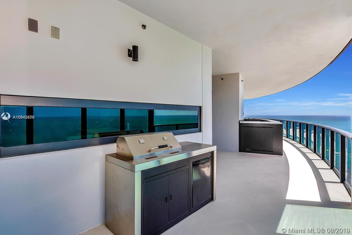 18555 Collins ave-1501 sunny-isles-beach-fl-33160-a10643479-Pic03