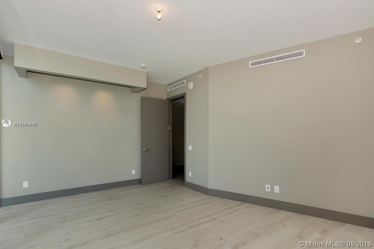 18555 Collins ave-1501 sunny-isles-beach-fl-33160-a10643479-Pic33