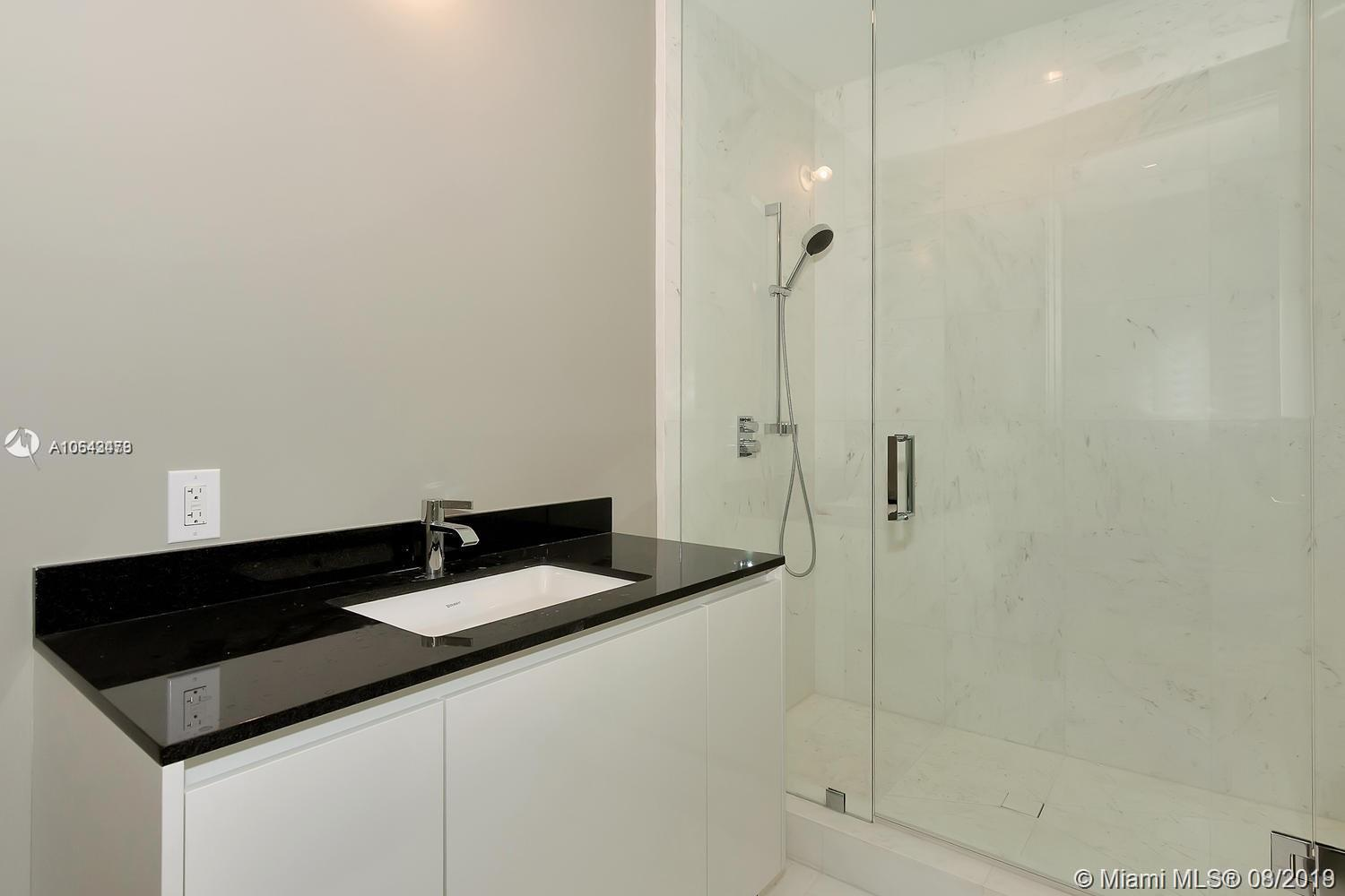 18555 Collins ave-1501 sunny-isles-beach-fl-33160-a10643479-Pic38
