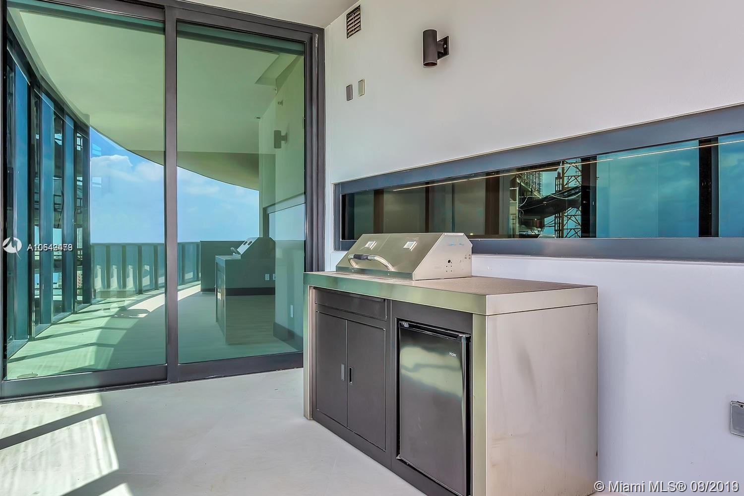 18555 Collins ave-1501 sunny-isles-beach-fl-33160-a10643479-Pic04