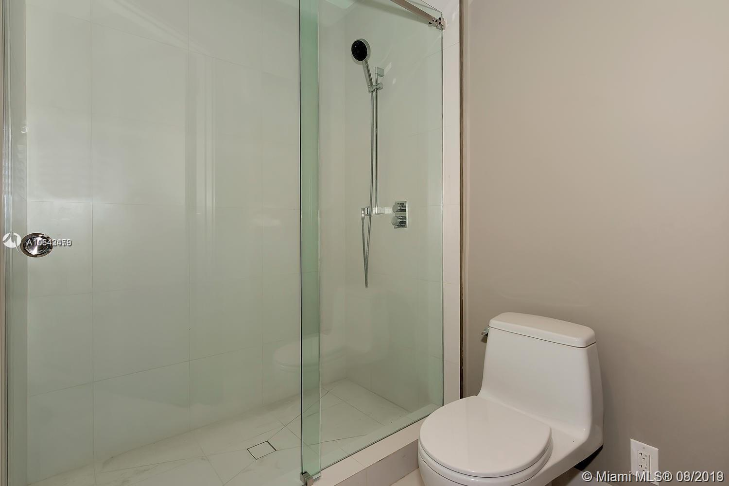 18555 Collins ave-1501 sunny-isles-beach-fl-33160-a10643479-Pic51
