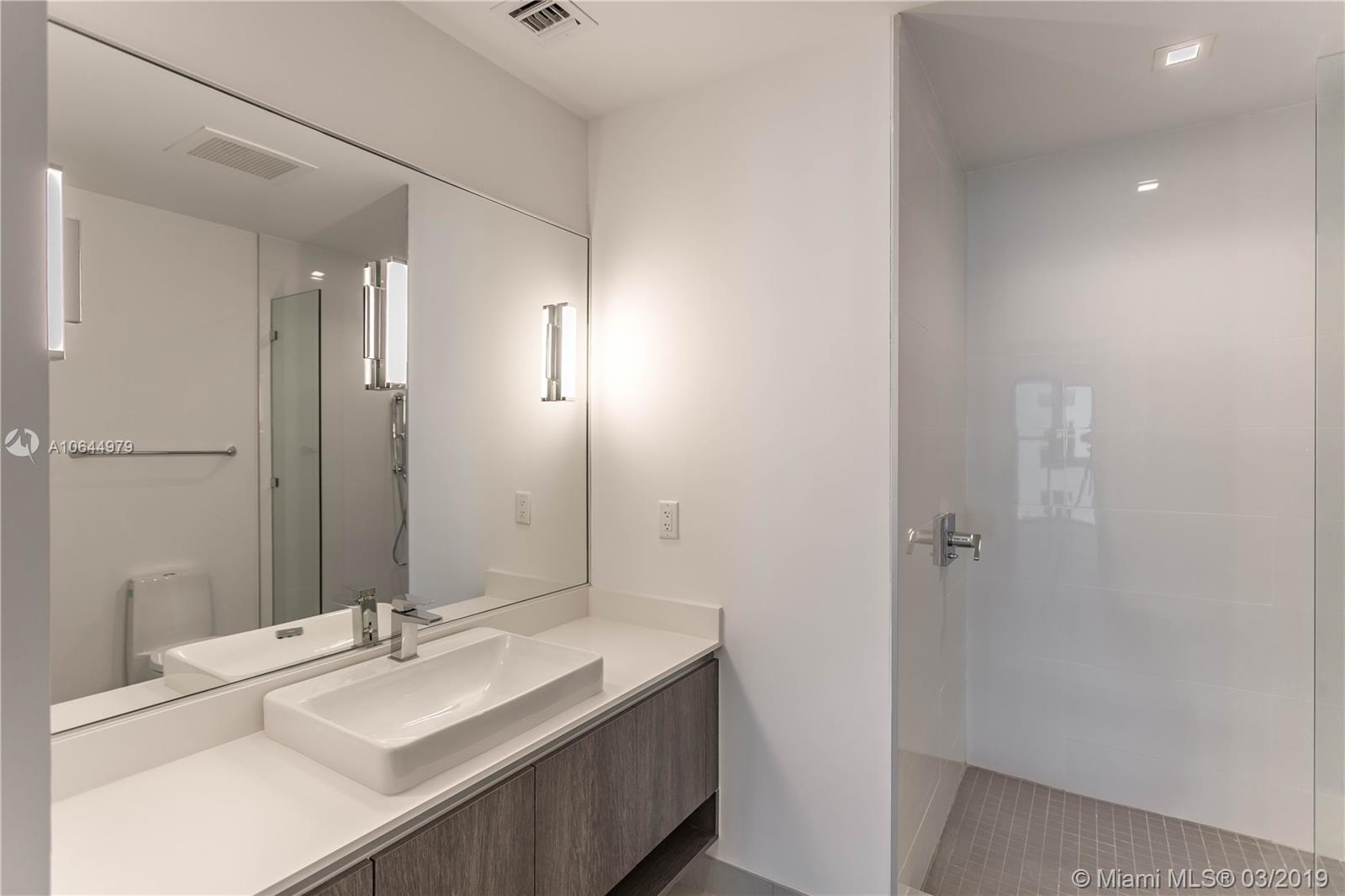 455 39th st-207 miami-fl-33137-a10644979-Pic11