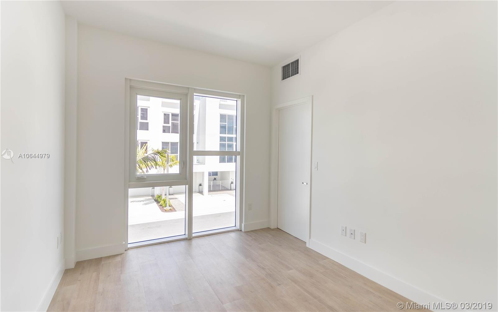 455 39th st-207 miami-fl-33137-a10644979-Pic07