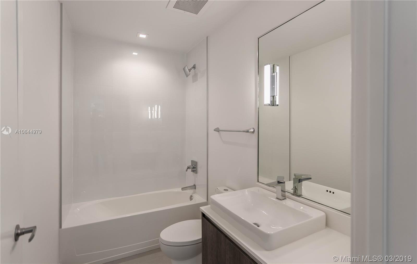 455 39th st-207 miami-fl-33137-a10644979-Pic08
