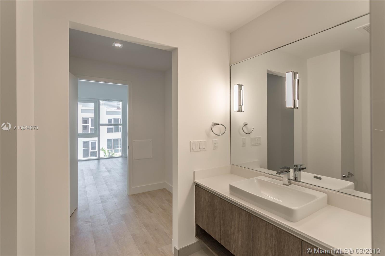455 39th st-207 miami-fl-33137-a10644979-Pic09