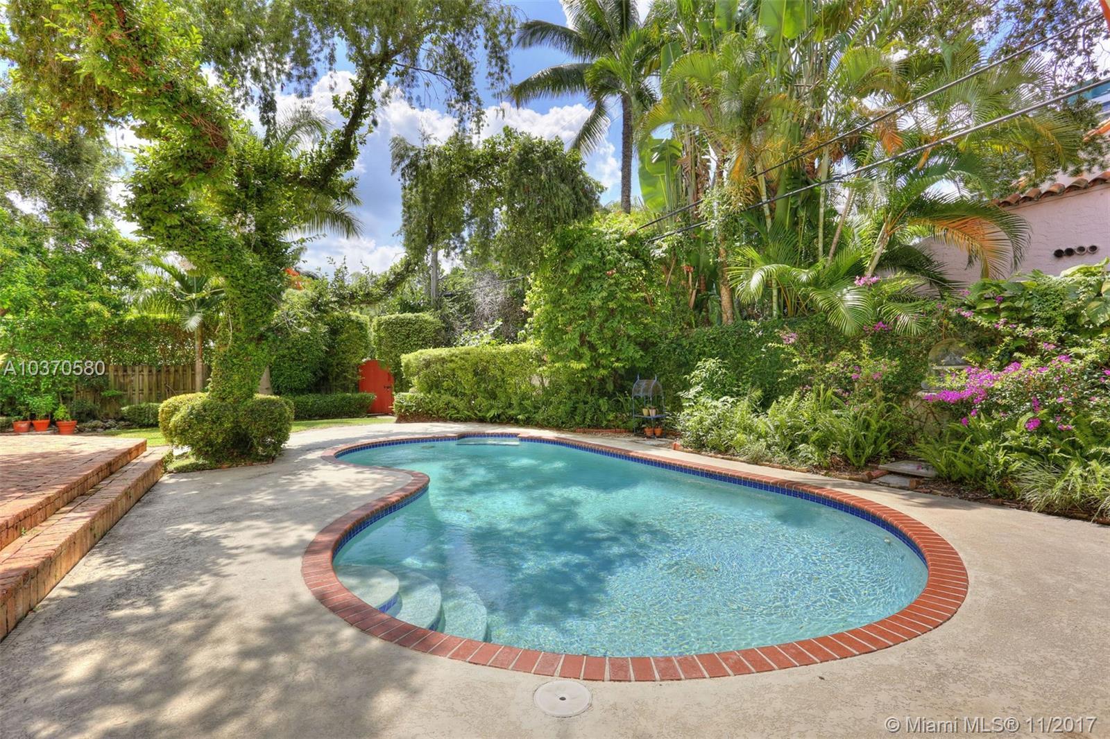 790 Ne 72nd St, Miami FL, 33138