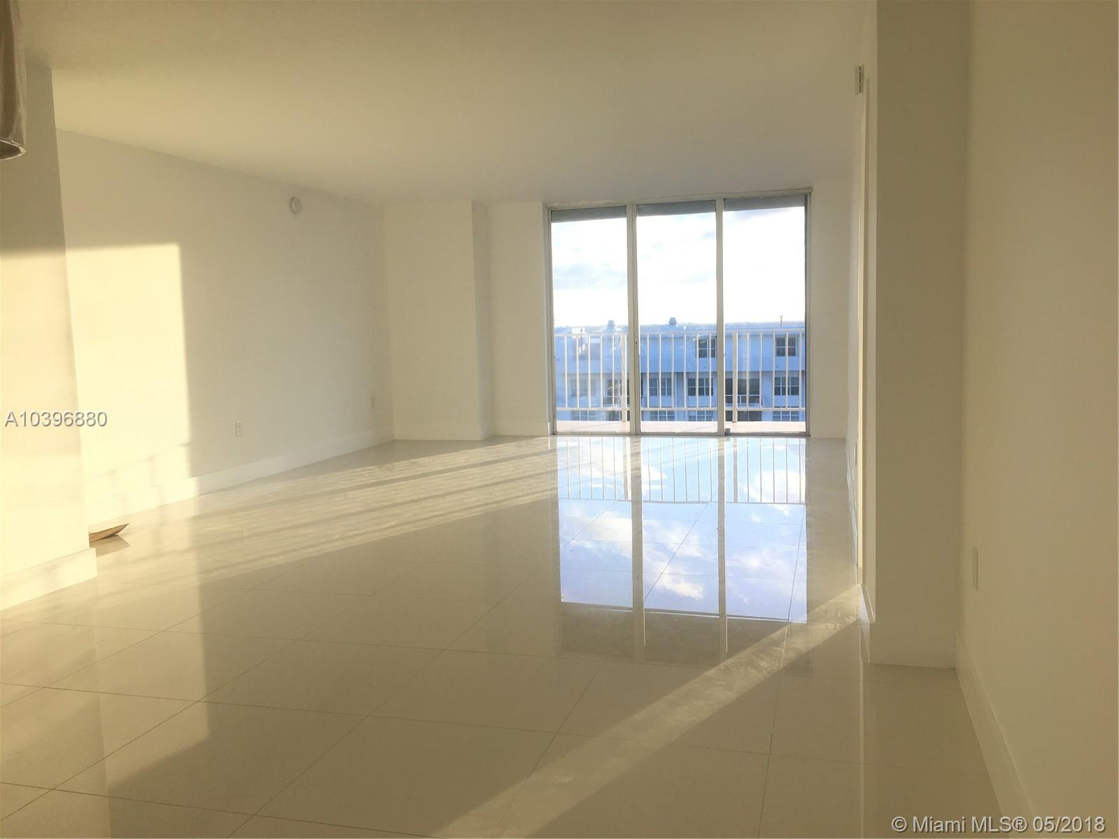 5701 Collins Ave #PH15, Miami Beach FL, 33140
