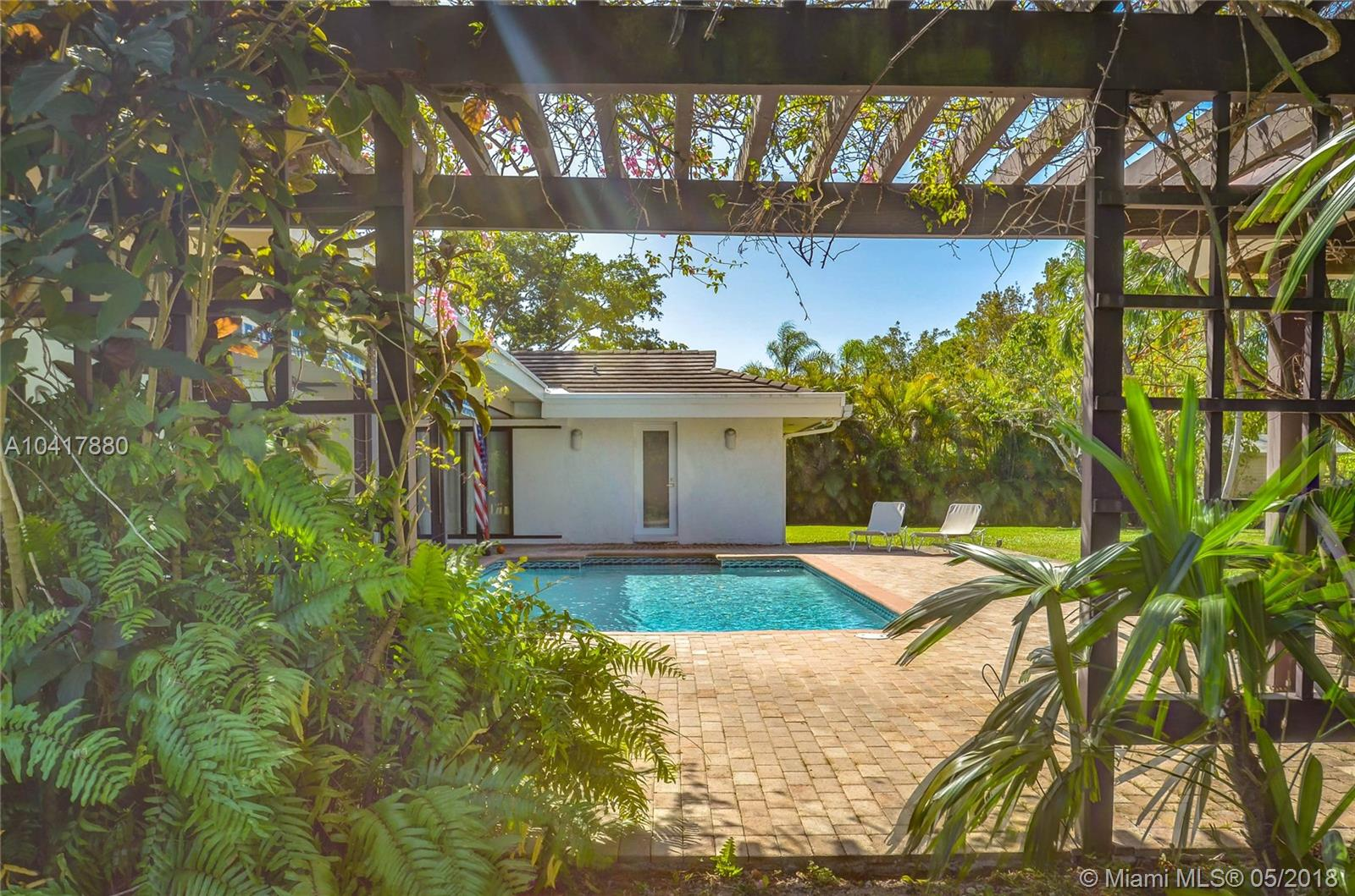 12300 Sw 67th Ave, Pinecrest FL, 33156