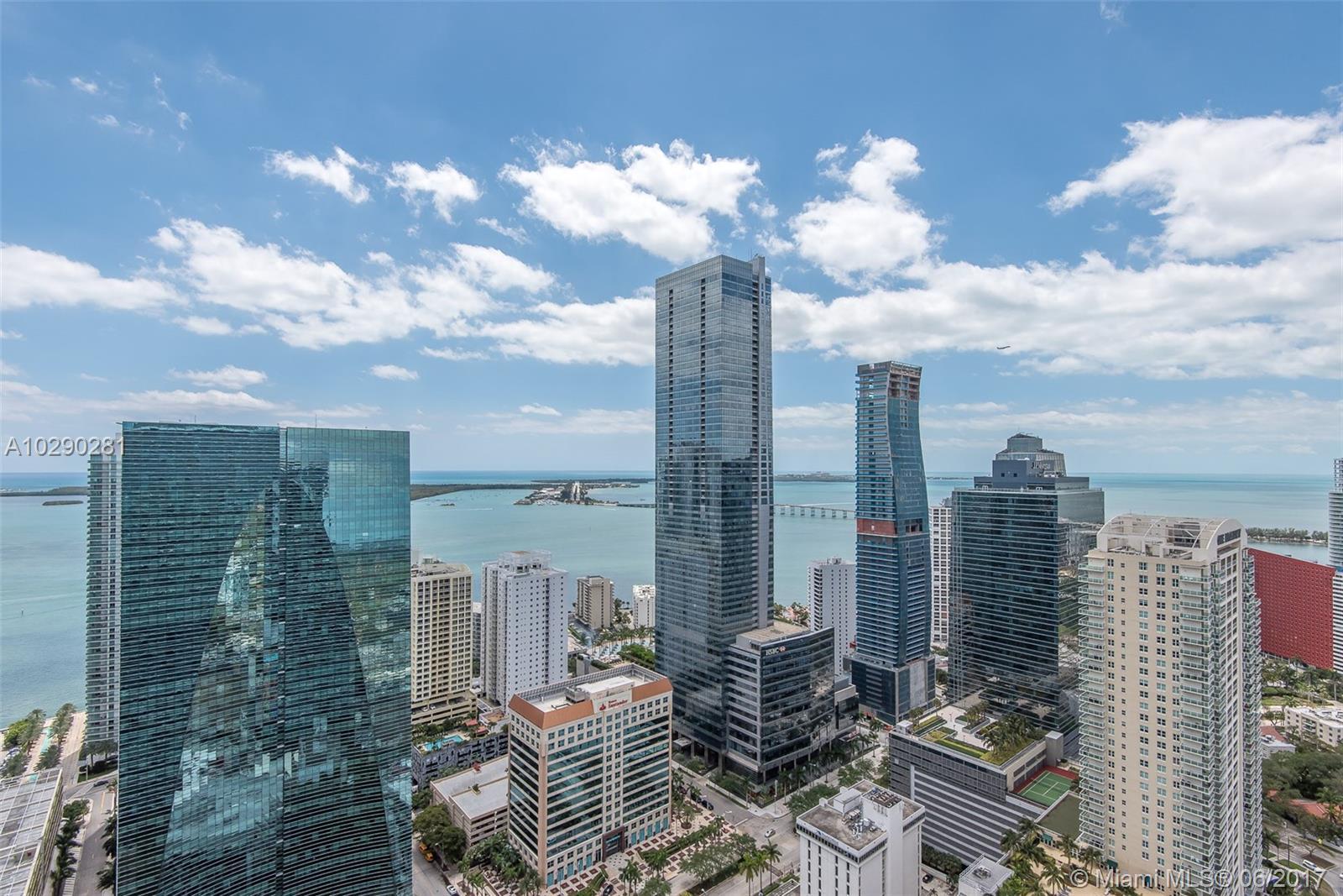 1300 Miami ave-4501 miami--fl-33130-a10290281-Pic02