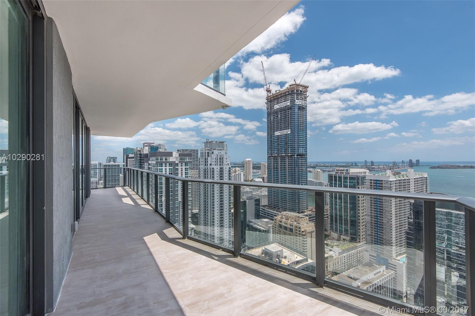 1300 Miami ave-4501 miami--fl-33130-a10290281-Pic03