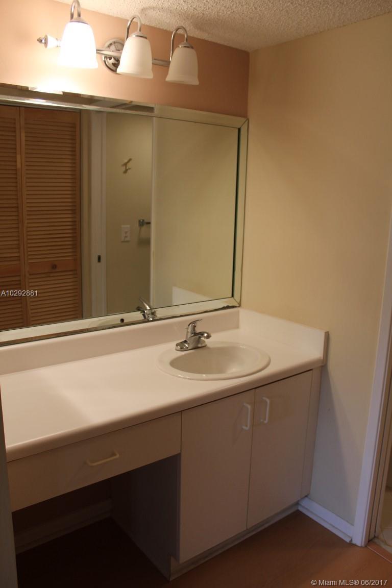 800 SW 142nd Ave # 309N, Pembroke Pines, FL 33027
