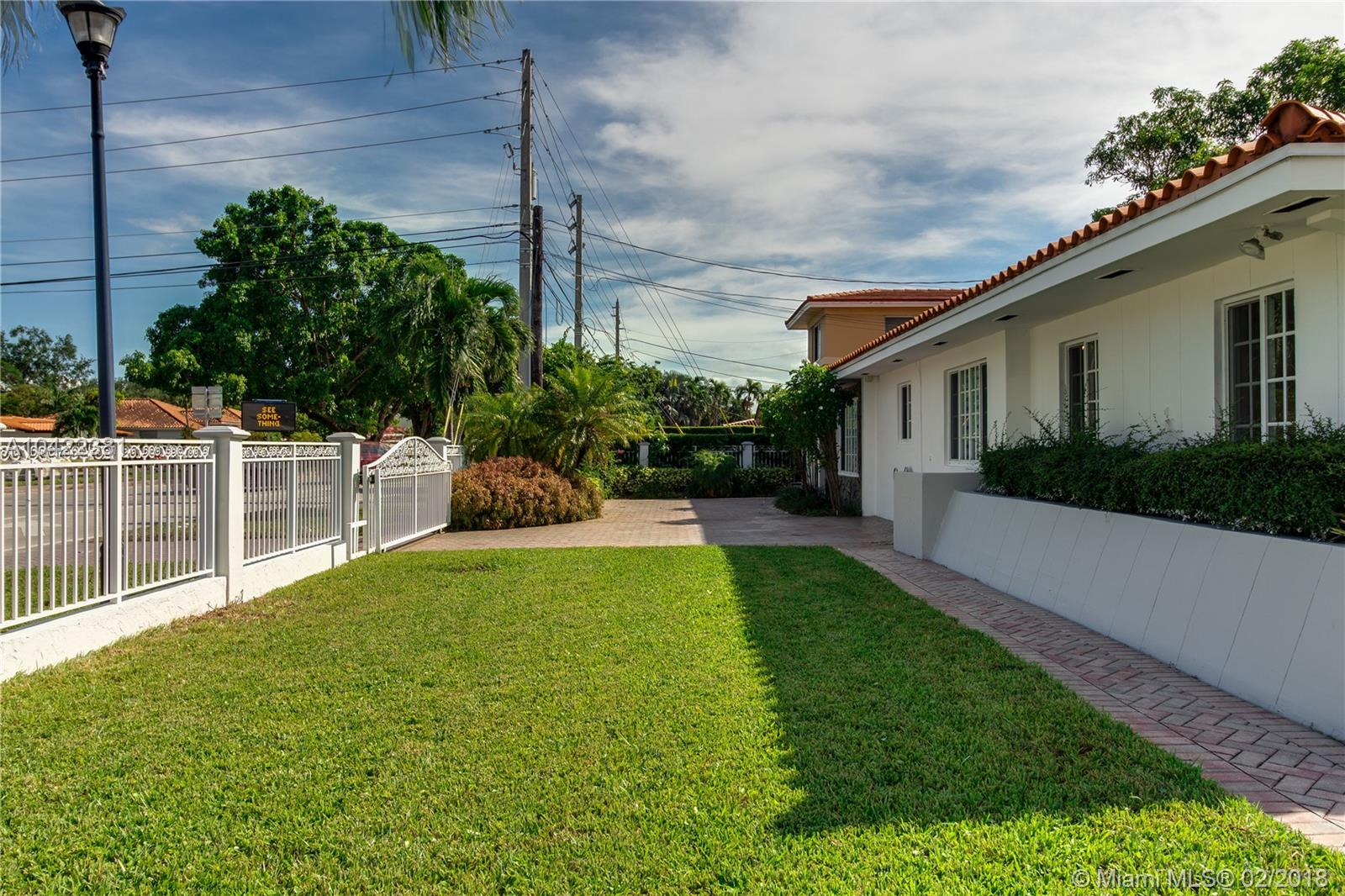 4001 S Red Rd, Coral Gables, FL 33155