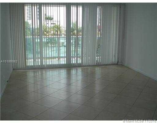 100 Bayview Dr # 312, Sunny Isles Beach, FL 33160
