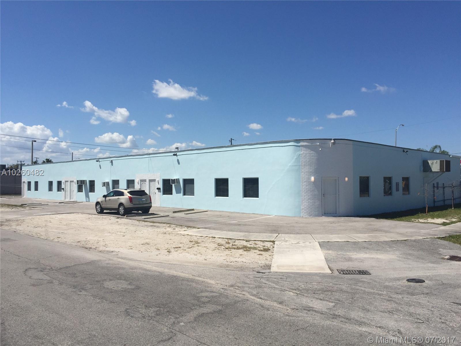 91 NE 166th St, Miami, FL 33162