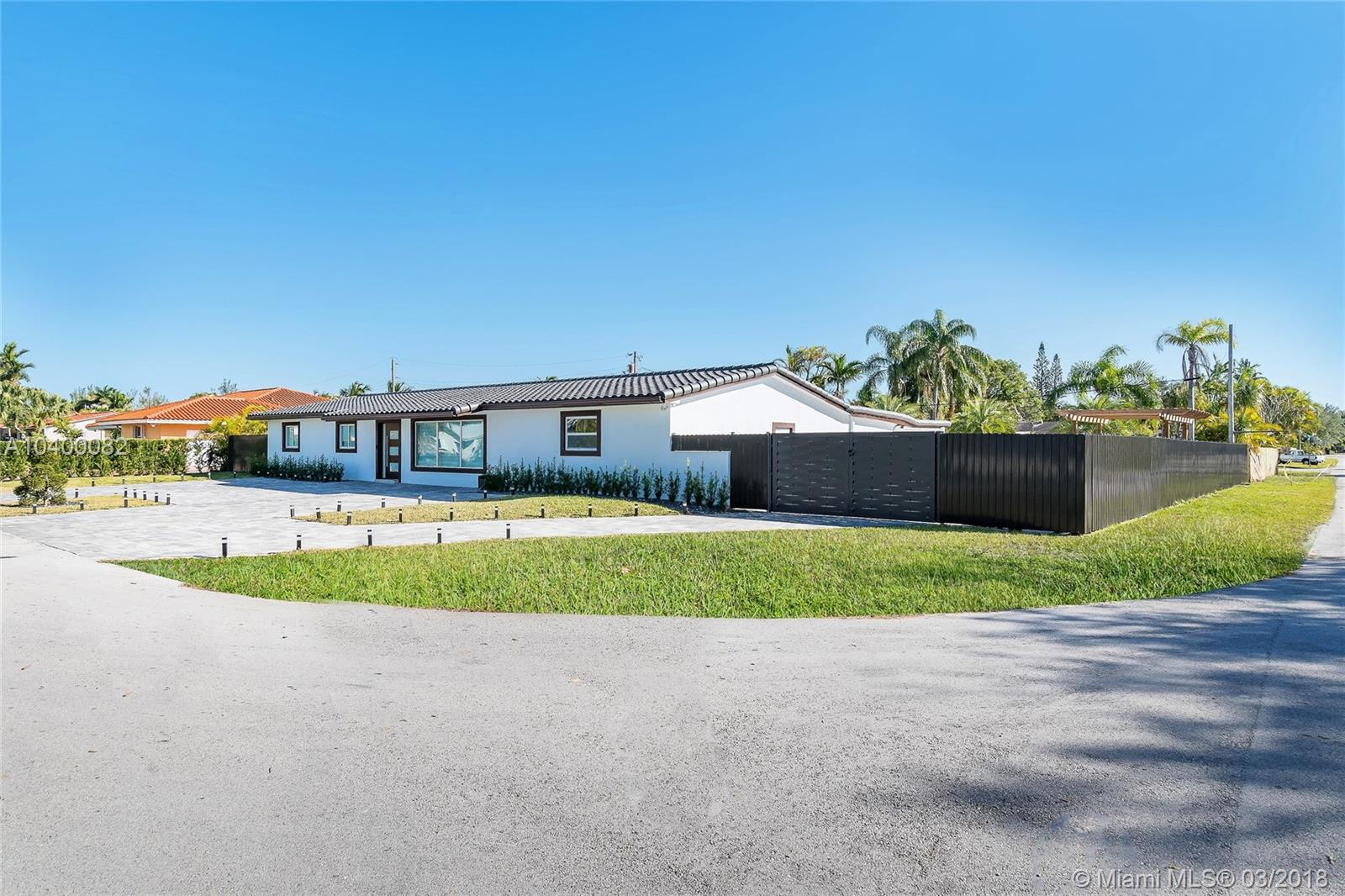 11725 Sw 98th Ave, Miami FL, 33176