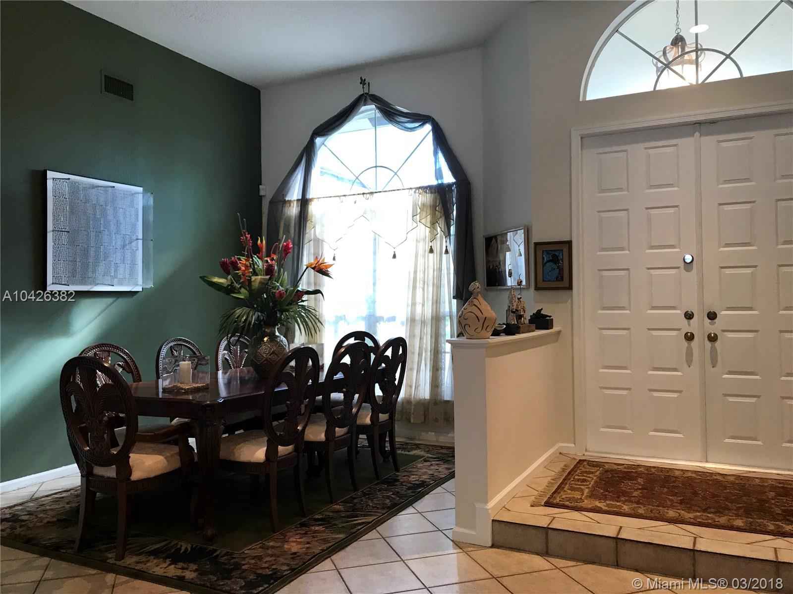 3086 Lakewood Cir, Weston , FL 33332