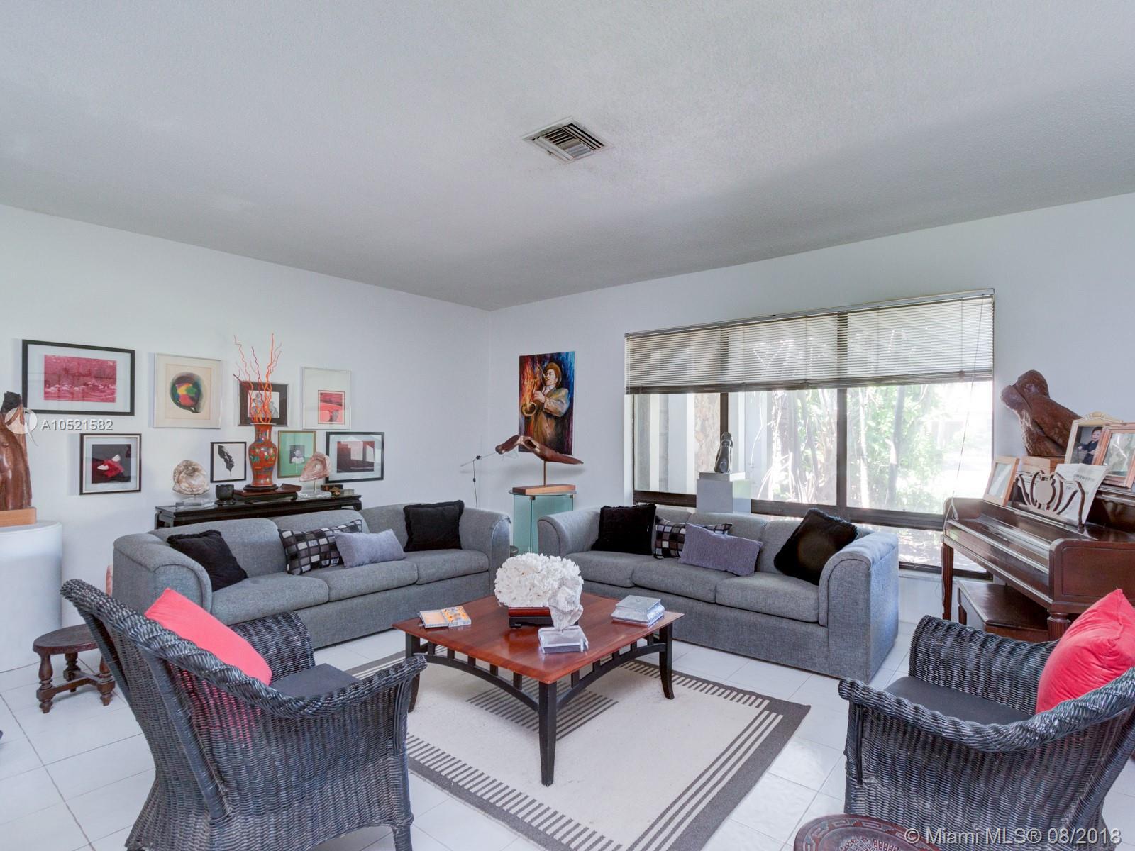 5140 N 37 St, Hollywood FL, 33021