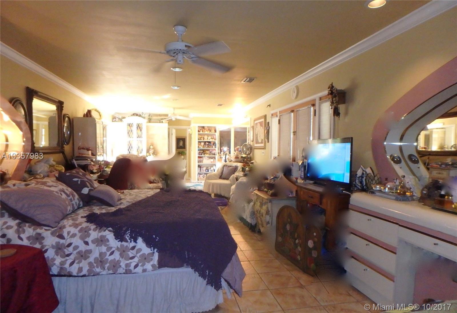 940 Hunting Lodge Dr, Miami Springs , FL 33166
