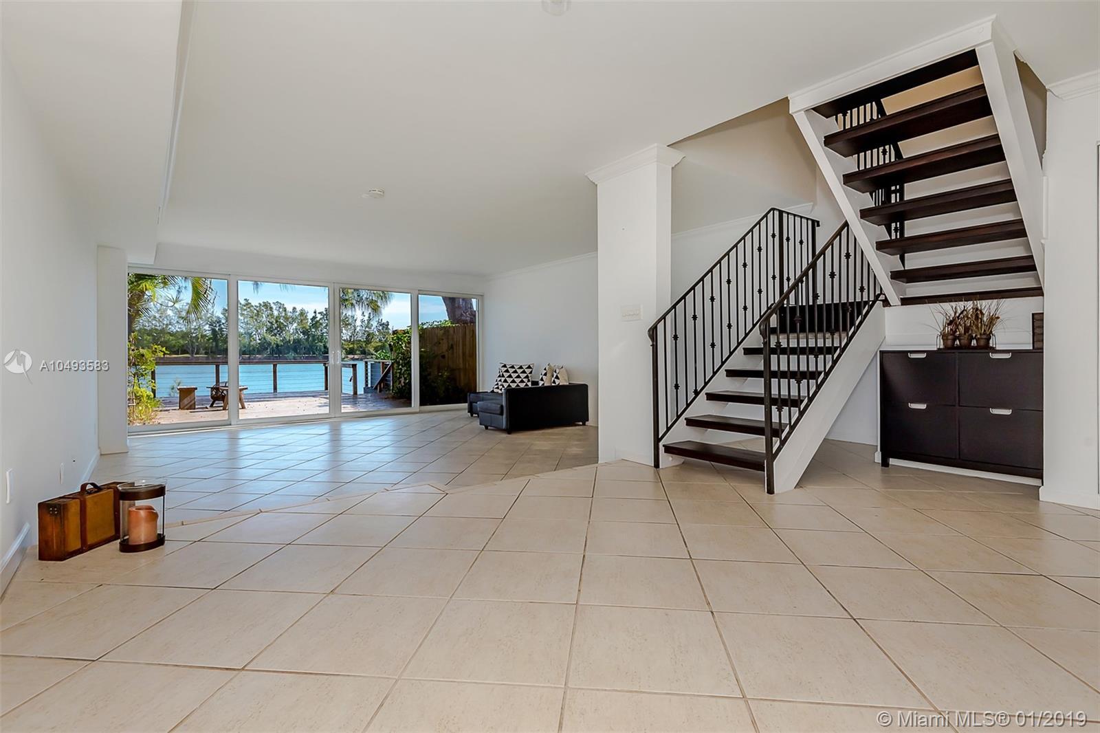 5009 Sw 71st Pl #5009, Miami FL, 33155