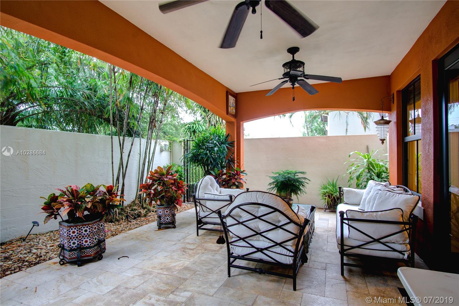 3020 Mcdonald St #22, Miami FL, 33133