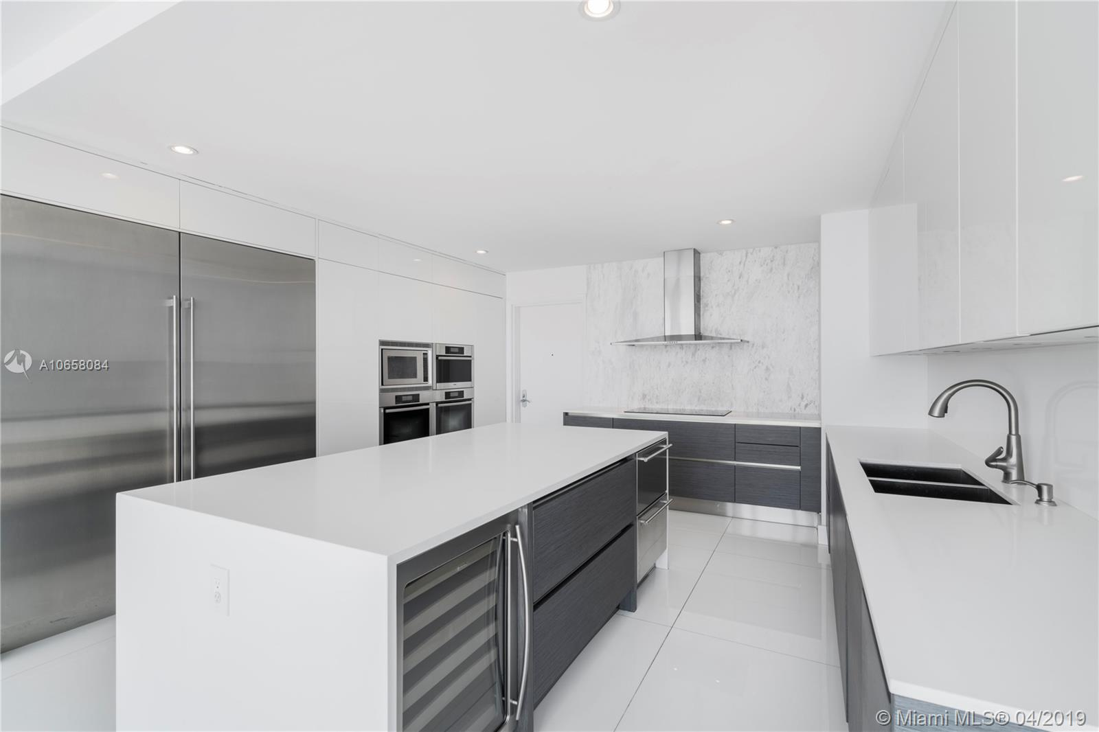 17001 Collins ave-4304 sunny-isles-beach-fl-33160-a10658084-Pic12
