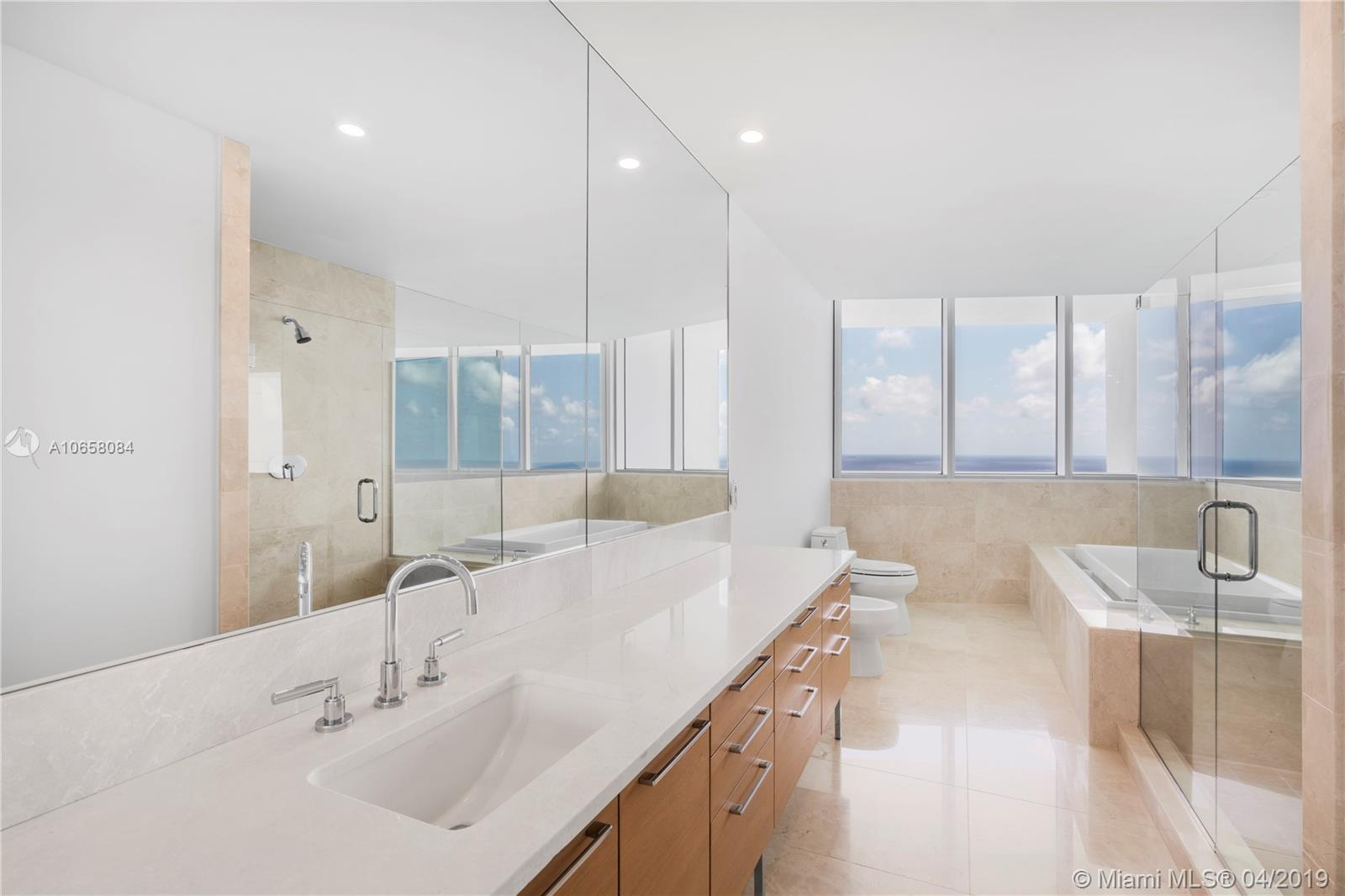 17001 Collins ave-4304 sunny-isles-beach-fl-33160-a10658084-Pic16