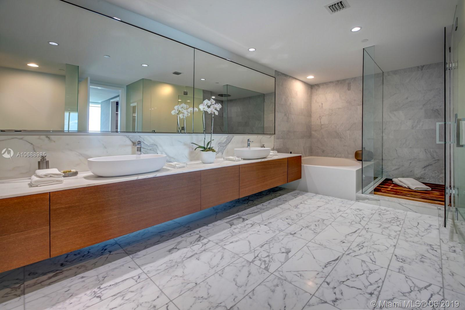 10201 Collins ave-1201 bal-harbour-fl-33154-a10688985-Pic17