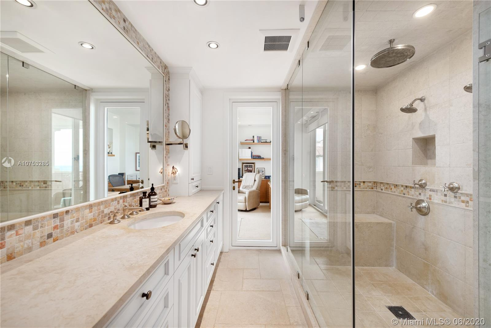 7882 Fisher island dr-7882 miami-beach-fl-33109-a10753285-Pic13