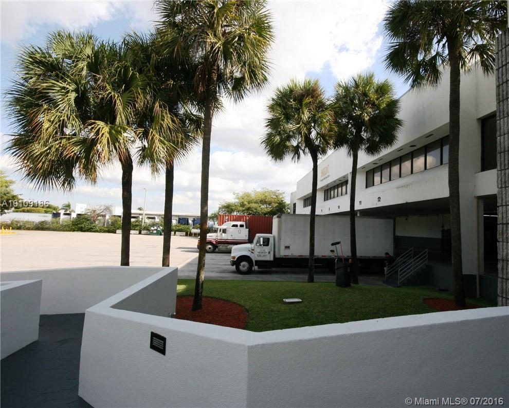 2801 NW 74th Ave # S-19, Miami, FL 33122