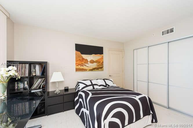 17555 Collins Ave #1006, Sunny Isles Beach FL, 33160
