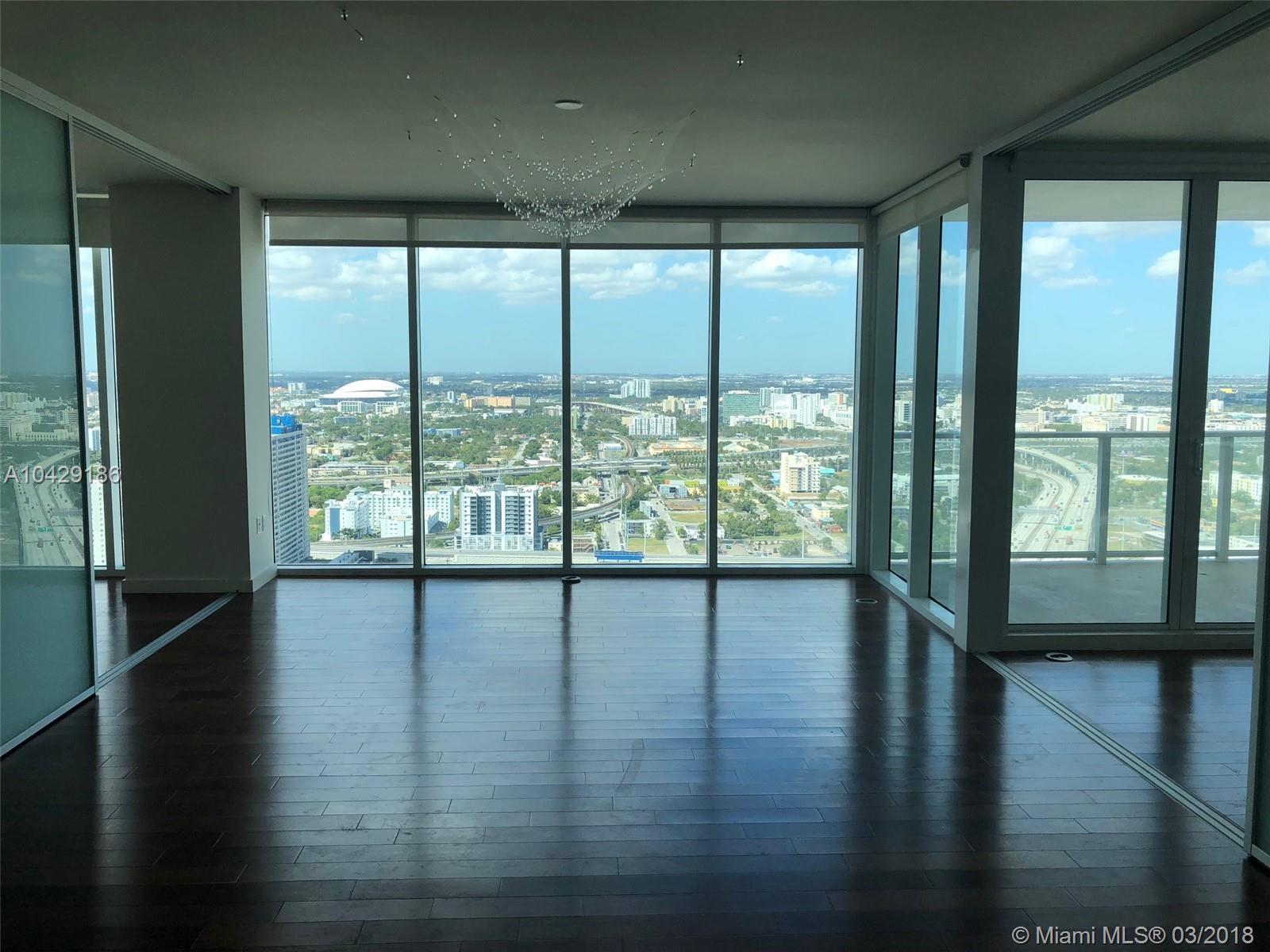 1040 Biscayne Blvd #3706, Miami FL, 33132